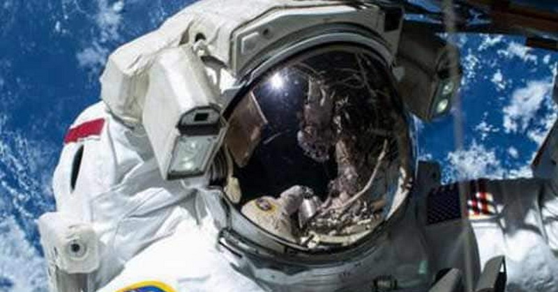 https: img-o.okeinfo.net content 2019 03 19 56 2032319 astronot-stres-saat-perjalanan-luar-angkasa-picu-aktivasi-virus-EIFmajFFWc.jpg
