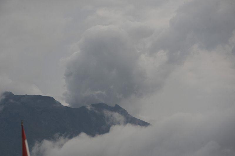 https: img-o.okeinfo.net content 2019 03 21 244 2033139 hari-ini-gunung-agung-erupsi-6-kali-8KT8cXPh53.jpg