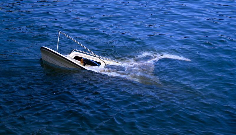 https: img-o.okeinfo.net content 2019 03 27 609 2035843 kapal-terbalik-diterjang-ombak-nelayan-hilang-di-perairan-tanakeke-kqL1khv8Jj.jpg