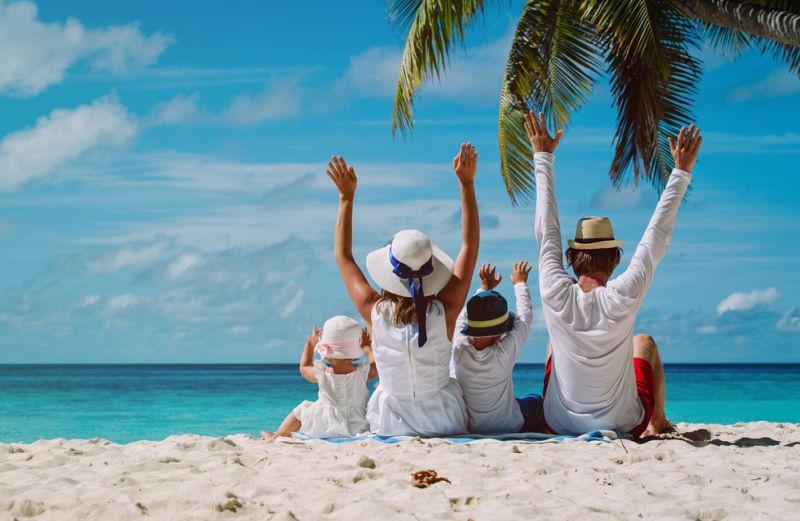 https: img-o.okeinfo.net content 2019 03 28 481 2036038 sederet-manfaat-liburan-ke-pantai-untuk-kesehatan-otak-paling-cocok-lepas-stres-8N0h2ISVTz.jpg