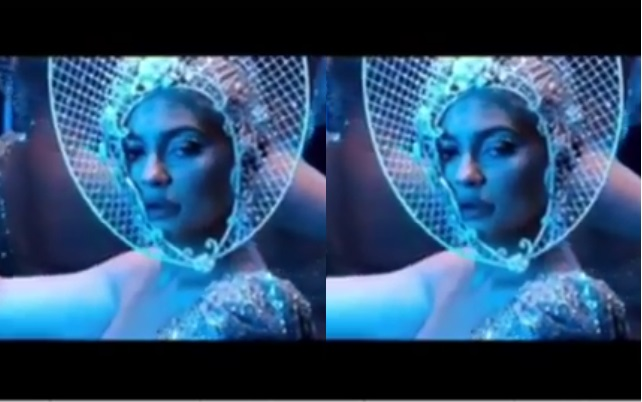 https: img-o.okeinfo.net content 2019 03 29 194 2036842 cantiknya-kylie-jenner-pakai-headpiece-rancangan-rinaldy-yunardi-thFMuwOxaC.jpg