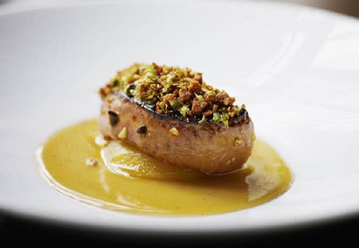 https: img-o.okeinfo.net content 2019 03 29 298 2036742 foie-gras-hidangan-mewah-yang-disantap-syahrini-di-swiss-ternyata-dilarang-di-sejumlah-negara-10hSmt8FPj.jpg