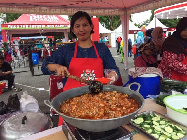 https: img-o.okeinfo.net content 2019 03 30 298 2037190 manjakan-lidah-dengan-kuliner-yogyakarta-di-pucuk-coolinary-festival-2019-Hg4wsGZPi0.jpeg
