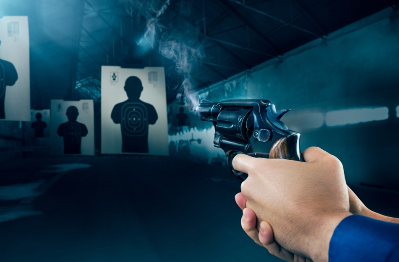 https: img-o.okeinfo.net content 2019 04 01 196 2037782 pacaran-12-tahun-dan-lamaran-cintanya-ditolak-polisi-ini-nekat-angkat-pistol-Rc9zzEOrc8.jpg