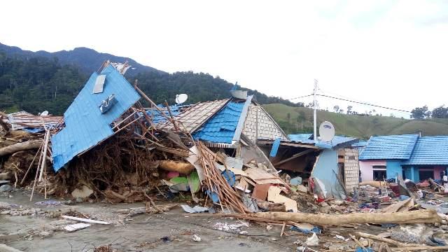 https: img-o.okeinfo.net content 2019 04 01 340 2037583 ini-penyebab-banjir-bandang-sentani-yang-telan-112-korban-jiwa-qw50b0Vv4P.jpeg