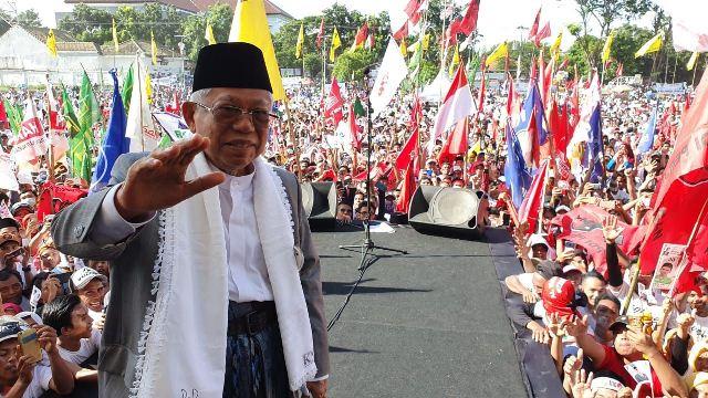 https: img-o.okeinfo.net content 2019 04 02 605 2038299 ma-ruf-amin-kampanye-di-lombok-timur-disambut-puluhan-ribu-pendukung-4aHRnAm6W8.jpg