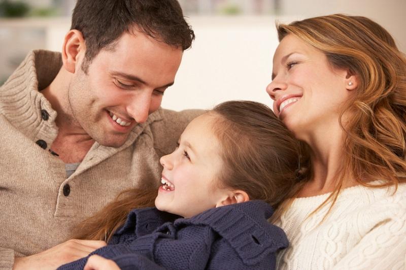 https: img-o.okeinfo.net content 2019 04 06 196 2039928 pahami-ini-tips-berbagi-tugas-mengasuh-anak-dengan-suami-xLKPK3Grj6.jpg