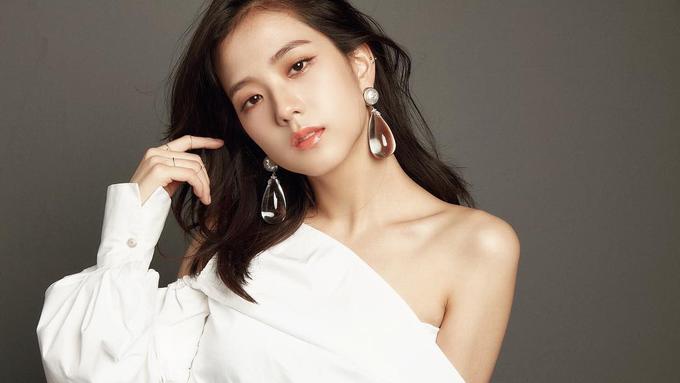 https: img-o.okeinfo.net content 2019 04 09 194 2041073 tampilan-girly-ala-jisoo-blackpink-suka-banget-pakai-mini-dress-D2XGeUGtGu.jpg