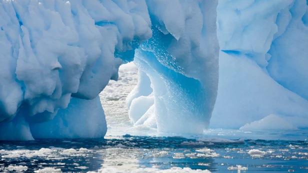 https: img-o.okeinfo.net content 2019 04 09 56 2041136 fenomena-gletser-bumi-yang-mencair-lebih-cepat-ini-penjelasan-ilmuwan-dFFWuloYsT.jpg