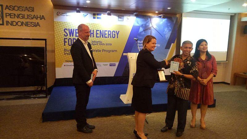 https: img-o.okeinfo.net content 2019 04 10 320 2041608 indonesia-swedia-kerja-sama-kembangkan-energi-terbarukan-25ZXqYzviV.jpg