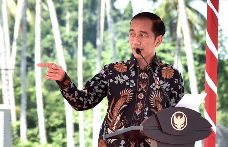 https: img-o.okeinfo.net content 2019 04 10 49 2041773 jokowi-bakal-hadir-di-final-leg-ii-piala-presiden-2019-Fxpffk21ue.jpg