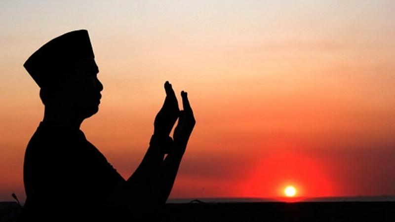 https: img-o.okeinfo.net content 2019 04 11 196 2042107 puasa-ramadan-hari-ke-2-jangan-lupa-baca-doa-ini-2xZMDbRZTn.jpg