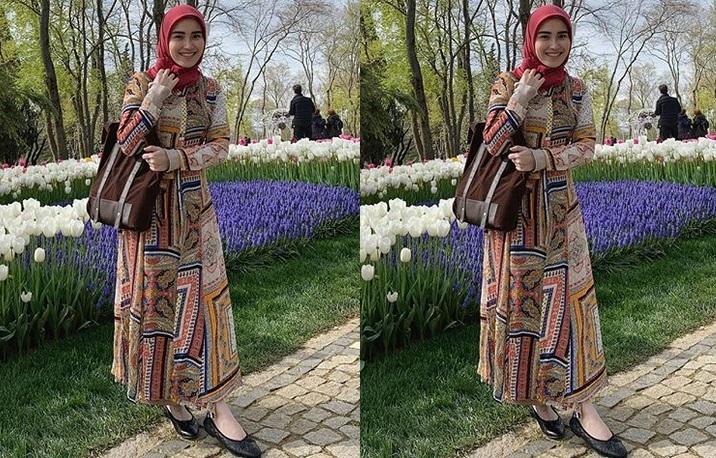 https: img-o.okeinfo.net content 2019 04 15 194 2043757 5-potret-ayu-ting-ting-pakai-hijab-saat-liburan-di-turki-bikin-adem-lihatnya-jJcwwkgVWn.jpg