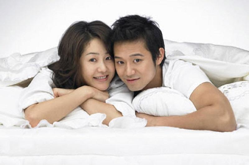 https: img-o.okeinfo.net content 2019 04 15 485 2043658 tips-membantu-pasangan-yang-malu-berhubungan-seks-AiXP1ixsj7.jpg
