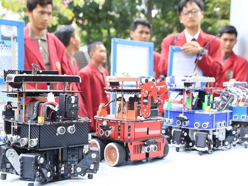 https: img-o.okeinfo.net content 2019 04 15 65 2043904 tim-robotik-indonesia-juara-kontes-robot-di-as-ZsoCkQuqu3.jpg
