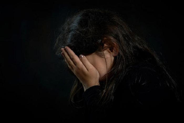 https: img-o.okeinfo.net content 2019 04 16 196 2044013 viral-curhatan-gadis-korban-bully-yang-sejak-kecil-ditinggal-orangtua-6jn9ox5NR3.jpg