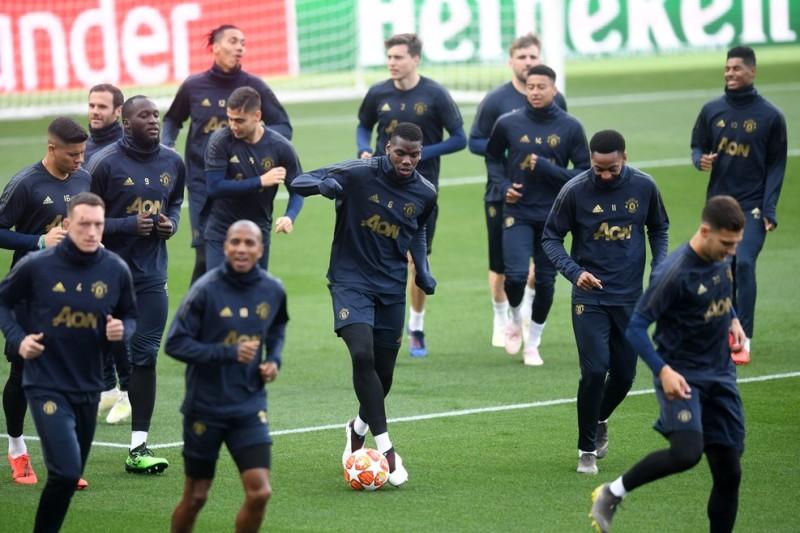 https: img-o.okeinfo.net content 2019 04 16 261 2043993 hadapi-barcelona-man-united-turunkan-dua-amunisi-baru-e2NdIKGlFr.jpg