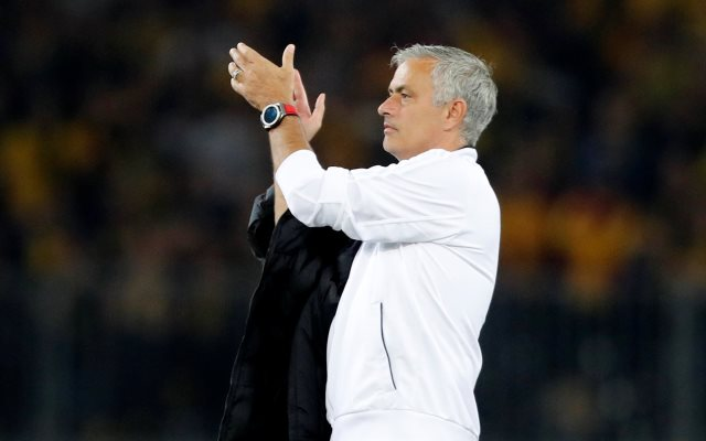 https: img-o.okeinfo.net content 2019 04 21 261 2046014 mourinho-kritik-cara-man-united-bertahan-saat-ditaklukkan-barcelona-Rqese1IwD5.jpg