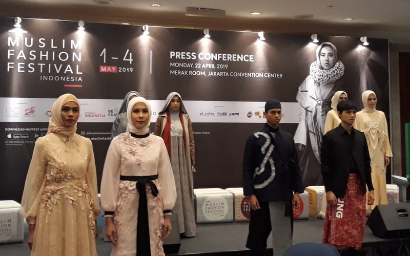 https: img-o.okeinfo.net content 2019 04 22 194 2046640 indonesia-targetkan-jadi-barometer-fesyen-muslim-dunia-MgyPVyOBmp.jpg