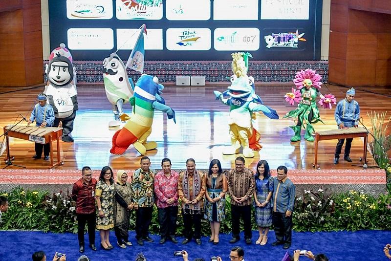 https: img-o.okeinfo.net content 2019 04 23 406 2047046 jadi-the-rising-star-di-pariwisata-indonesia-sulut-gelar-14-event-sepanjang-2019-5HHBd2u3g1.jpg