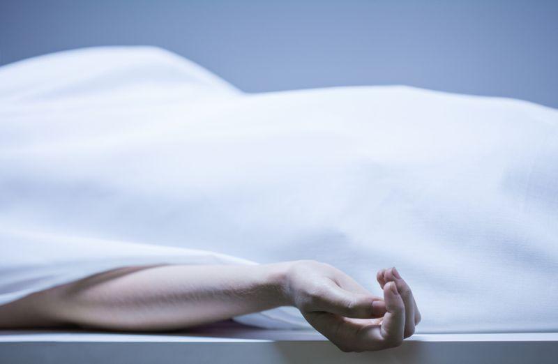 https: img-o.okeinfo.net content 2019 04 24 338 2047400 polisi-pastikan-mayat-wanita-di-basement-hotel-sheraton-bukan-pembunuhan-berencana-VVI2toO1D9.jpg
