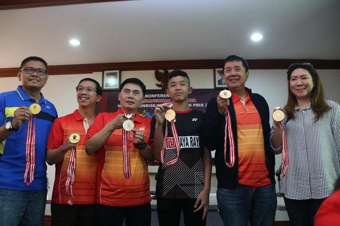 https: img-o.okeinfo.net content 2019 04 26 40 2048405 turnamen-bulu-tangkis-junior-kelas-dunia-kembali-digelar-di-indonesia-TF4b7UzhUq.jpg