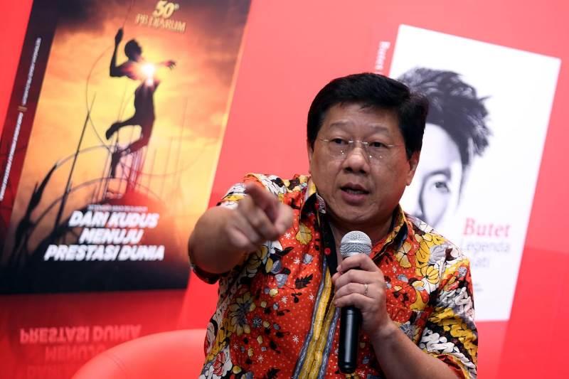 https: img-o.okeinfo.net content 2019 04 28 40 2049132 rayakan-hut-ke-50-pb-djarum-beberkan-targetnya-untuk-bulu-tangkis-indonesia-DNFHKPhDO0.jfif