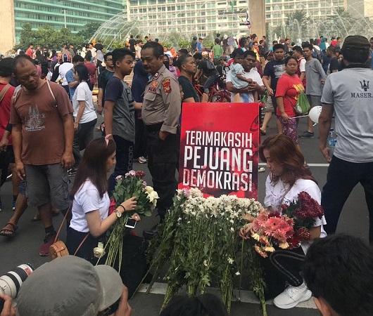 Ratusan Petugas KPPS Meninggal Dunia, TKN Milenial Jokowi