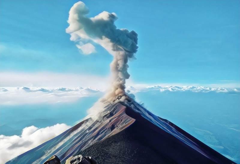https: img-o.okeinfo.net content 2019 04 29 337 2049287 dari-anak-krakatau-hingga-merapi-begini-kondisi-4-gunung-api-di-indonesia-sepekan-lalu-RZ5LZ0aRx1.jfif