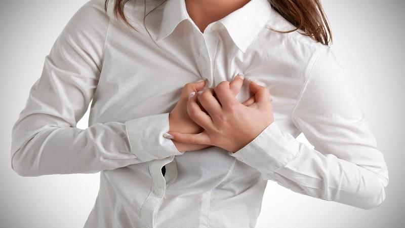 https: img-o.okeinfo.net content 2019 05 02 481 2050707 keluhan-di-dada-bisa-jadi-gejala-kekurangan-vitamin-b12-XdJSN4hCKu.jpg