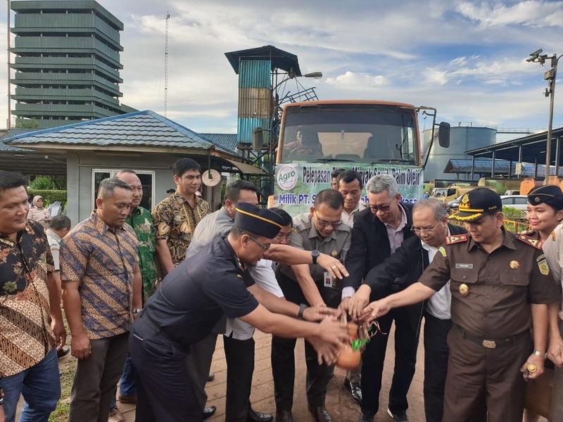 https: img-o.okeinfo.net content 2019 05 03 1 2050936 tren-ekspor-olahan-sawit-asal-kepulauan-bangka-belitung-meningkat-rSojr8PMgL.jpg