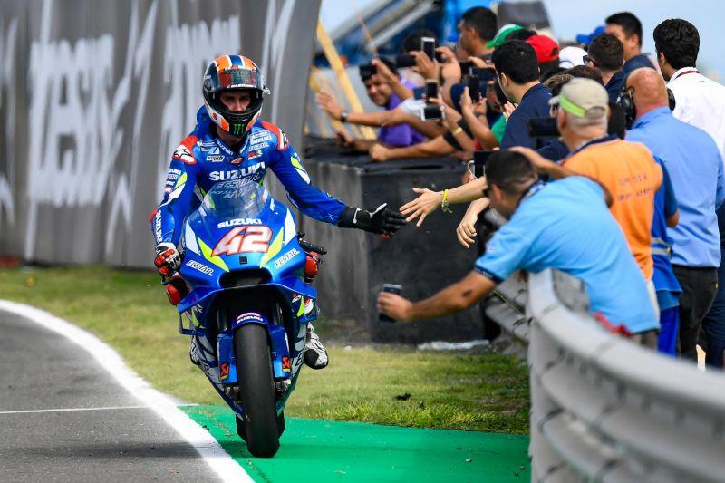https: img-o.okeinfo.net content 2019 05 05 38 2051853 podium-pertama-rins-di-motogp-spanyol-SAX7scurwD.jpg