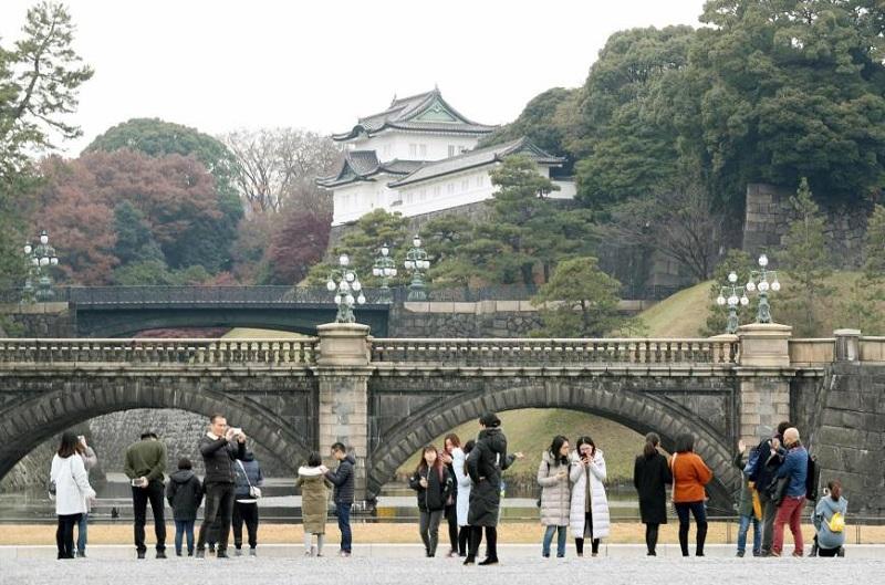 https: img-o.okeinfo.net content 2019 05 07 406 2052432 menjelajahi-keindahan-istana-kekaisaran-jepang-yang-bersejarah-4Fqo8x7Dme.jpg