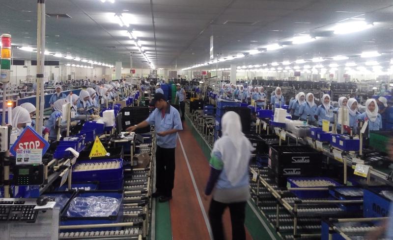 https: img-o.okeinfo.net content 2019 05 08 320 2052999 kontribusi-manufaktur-indonesia-sejajar-jerman-ini-buktinya-fa3KumikFl.jpg