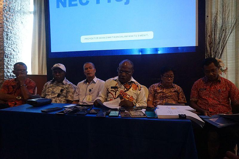 https: img-o.okeinfo.net content 2019 05 09 340 2053550 jumlah-pengidap-hiv-aids-di-papua-lebih-dari-40-ribu-orang-xCHYE9gCUP.jpg