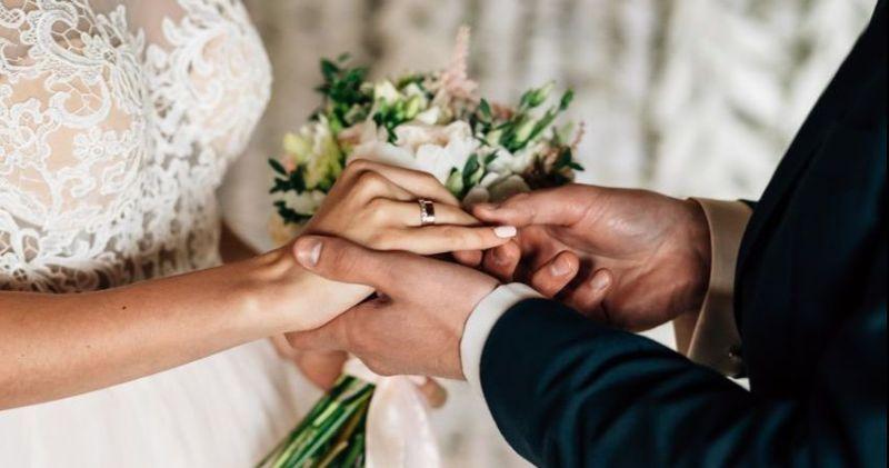 https: img-o.okeinfo.net content 2019 05 11 612 2054529 menikah-dengan-orang-jawa-apa-untungnya-ya-ANsmiEBzPx.jpg
