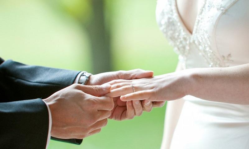 https: img-o.okeinfo.net content 2019 05 12 194 2054547 ingin-punya-istri-cantik-menikahlah-dengan-wanita-dari-6-daerah-ini-ayNp5QG01q.jpg