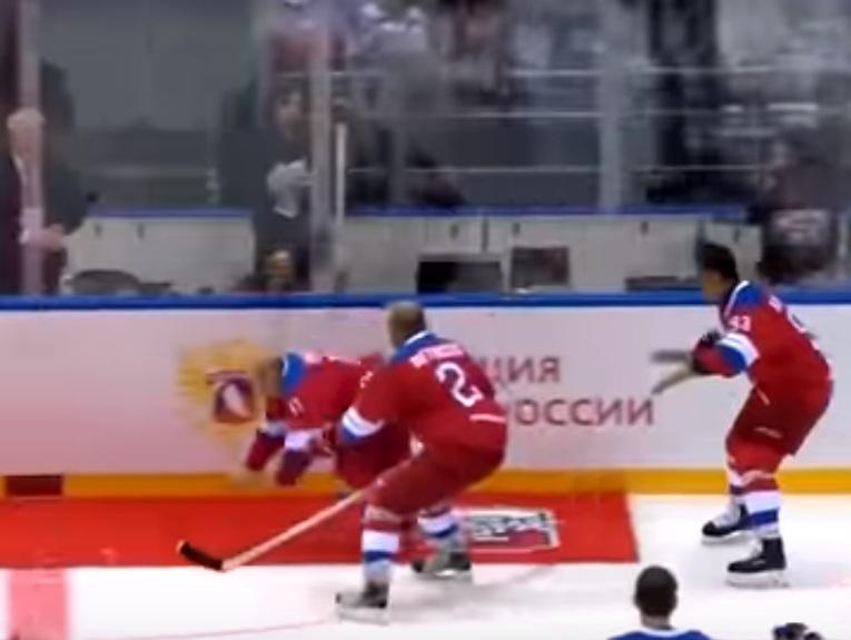 https: img-o.okeinfo.net content 2019 05 14 18 2055603 video-presiden-rusia-terpeleset-dan-jatuh-usai-pertandingan-hoki-es-jadi-viral-JDoqDnLg5M.jpg