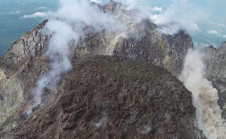 https: img-o.okeinfo.net content 2019 05 14 512 2055362 gunung-merapi-kembali-luncurkan-awan-panas-jarak-luncur-hingga-1-200-meter-DN46ljlevz.JPG