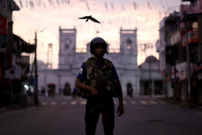 https: img-o.okeinfo.net content 2019 05 15 18 2055898 kekerasan-anti-islam-terus-terjadi-otoritas-sri-lanka-perpanjang-jam-malam-hubrWySFFG.jpg