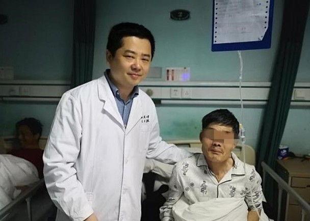 https: img-o.okeinfo.net content 2019 05 15 18 2056051 gara-gara-mabuk-seorang-pria-di-china-muntahkan-tumor-dari-mulutnya-MFSCrecKFl.jpg