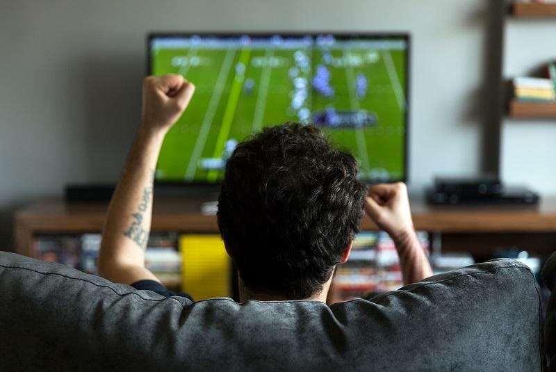 https: img-o.okeinfo.net content 2019 05 15 481 2056113 hasil-studi-pria-lebih-sering-memikirkan-sepakbola-dibanding-seks-kLAnHwqfQp.jpg