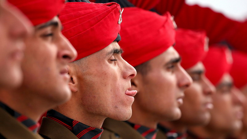 https: img-o.okeinfo.net content 2019 05 17 18 2056980 terjebak-rayuan-seorang-tentara-india-bocorkan-informasi-militer-pada-mata-mata-pakistan-A8MksxLvgh.jpg