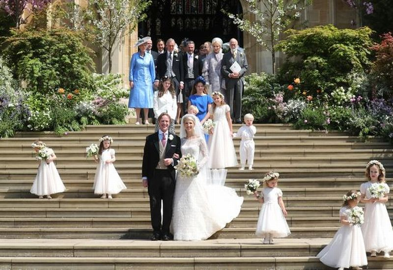 https: img-o.okeinfo.net content 2019 05 19 196 2057484 berbalut-gaun-putih-lady-gabriella-windsor-menikahi-thomas-kingston-XTyuD69Vh9.jpg