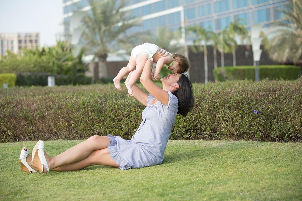 https: img-o.okeinfo.net content 2019 05 19 196 2057614 tradisi-kwepang-adopsi-anak-yang-bisa-datangkan-rezeki-Rj0rGqZYhe.jpg