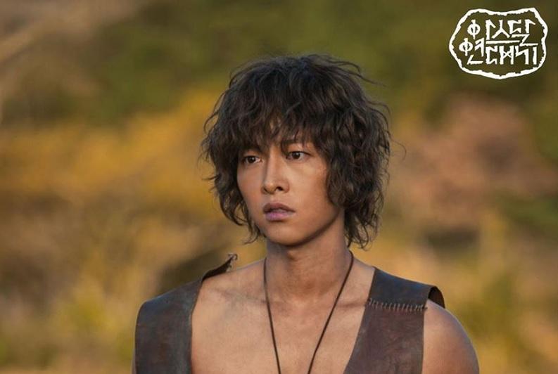 https: img-o.okeinfo.net content 2019 05 19 598 2057466 song-joong-ki-beberkan-alasan-pilih-asadal-chronicles-sebagai-drama-comeback-EYR2pOnFQT.jpg