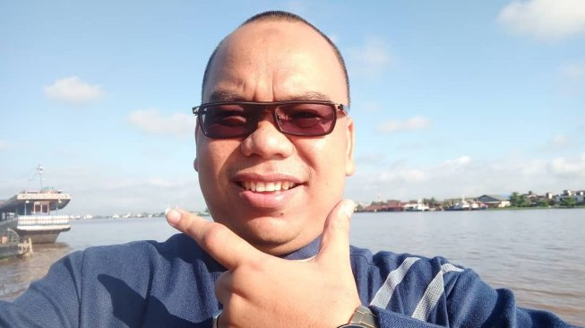 https: img-o.okeinfo.net content 2019 05 26 337 2060488 anggota-bpn-mustofa-nahrawardaya-ditangkap-polisi-terkait-hoaks-kerusuhan-22-mei-TInIaYYaGd.jpg
