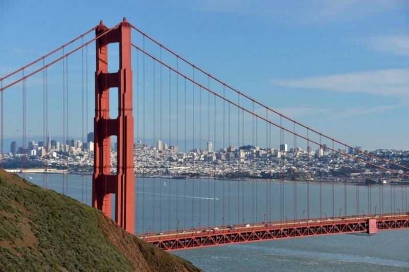 https: img-o.okeinfo.net content 2019 05 27 337 2060703 peristiwa-27-mei-jembatan-golden-gate-dibuka-hingga-lumpur-lapindo-mulai-genangi-sidoarjo-2H4F1ef18P.jpg
