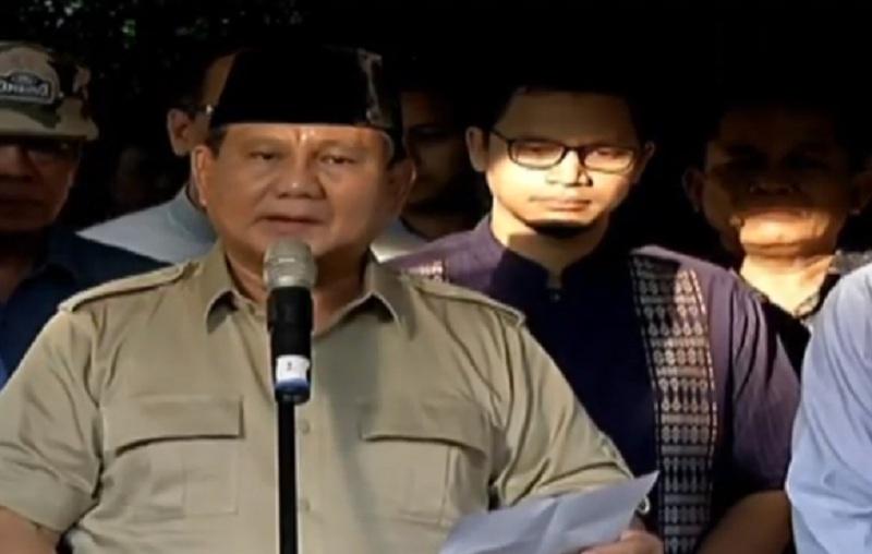 https: img-o.okeinfo.net content 2019 06 03 337 2063454 prabowo-ani-yudhoyono-istri-yang-mendukung-suaminya-cerdas-dan-sangat-loyal-2PmrF6fkIp.jpg