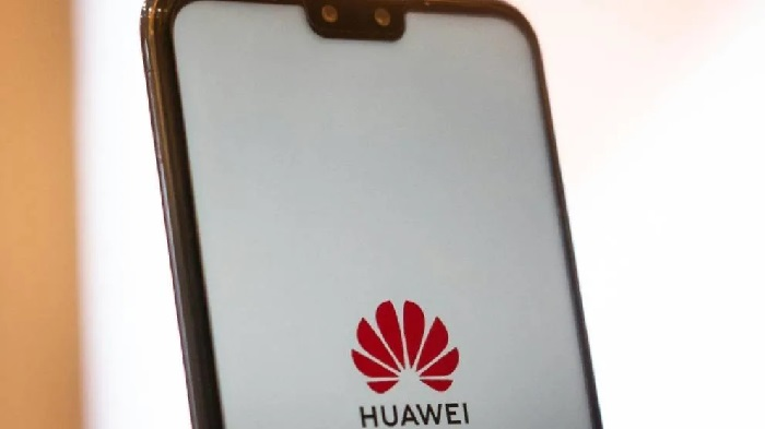 https: img-o.okeinfo.net content 2019 06 06 207 2064108 dalam-masa-sulit-huawei-tetap-produksi-smartphone-xDlAYy3sOT.jpg
